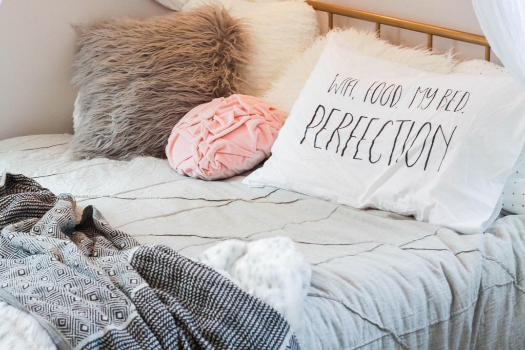 Teen Neutral Girl Bedroom