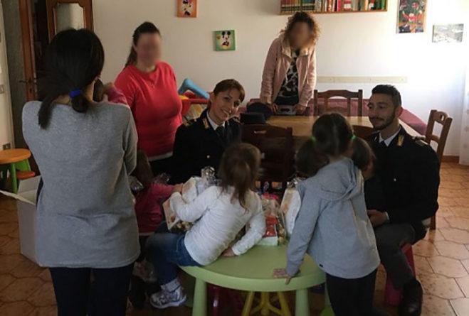 La Polizia di Stato visita la casa famiglia a Cassino per il progetto Un uovo per un sorriso