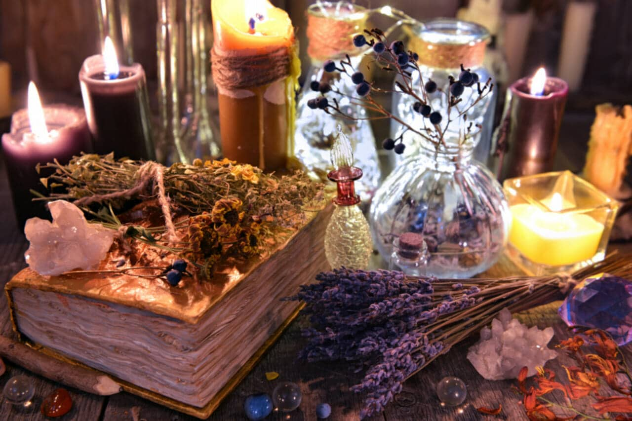 Wicca Book of Herbal Spells - Cast A Spell For Healing