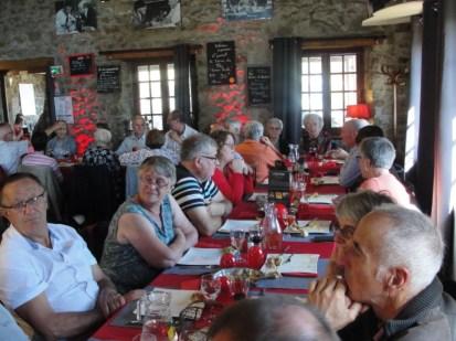 chateauneuf-loire-42-association-familiale-repas-des-classes-2018 (2)