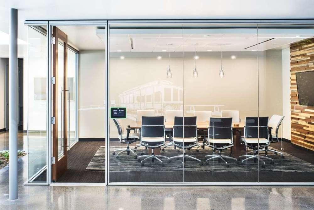 C mo influye el feng shui en oficinas y centros de trabajo for Distribucion de oficinas en una empresa