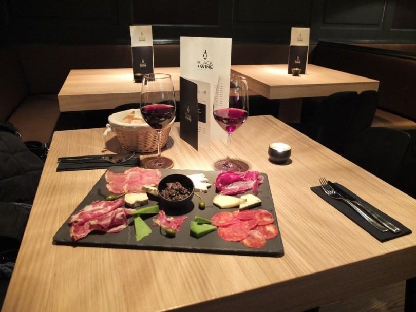 blackandwine-vins-planchette2