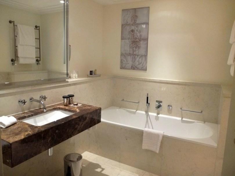 roccoforte-charleshotel-deluxe-room-sd
