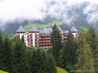 Vue extérieure sur l'Alpina - The Alpina Gstaad