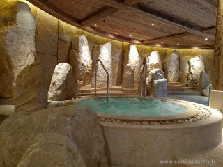 Spa 6 senses / bains à remous - The Alpina Gstaad