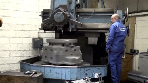 cast iron welding staff operating machinery