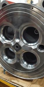 Refurbished Mak Caterpillar Cylinder Heard Cast Iron Welding Repairs