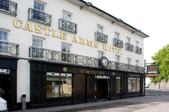 The Castle Arms Hotel Durrow