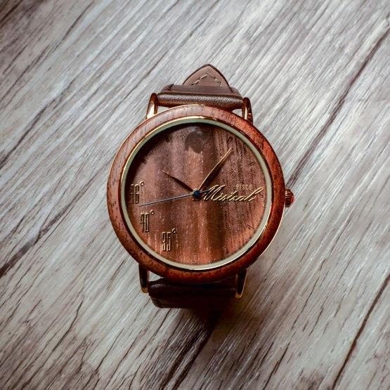Reloj-de-Madera-Castor-Mistral