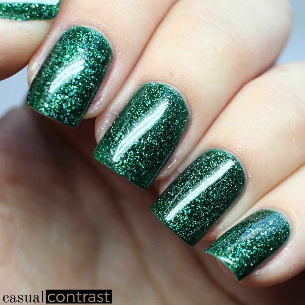 Zoya Merida from the Zoya Urban Grunge Collection • Casual Contrast
