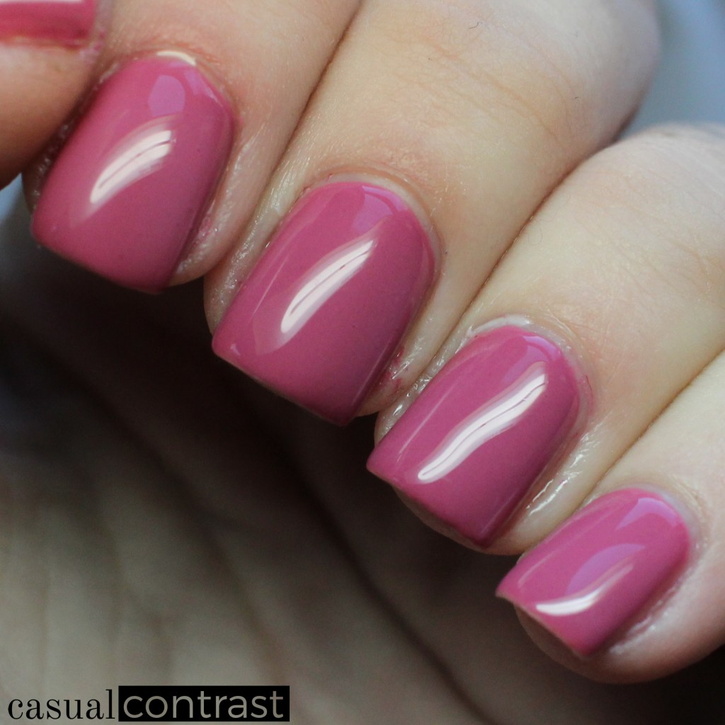 LeChat Coral Caress cold state - LeChat Perfect Match Mood Color Changing Gel Polish: Swatches & Review • Casual Contrast