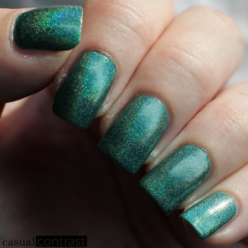 KBShimmer Fir Sure from the Holo-Day Collection 2017: Swatches & Review! •Casual Contrast