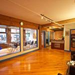 OHCV classroom and front desk_R