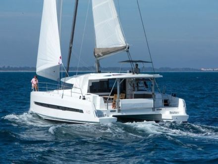 Bali 4.5 Catamaran Charter Greece