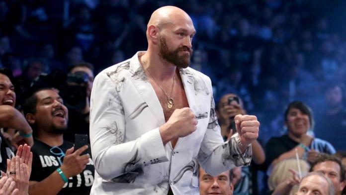 Tyson Fury présent à WWE RAW