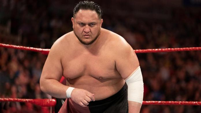 Samoa Joe blessé