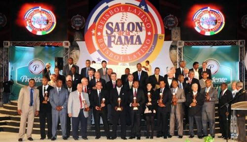 Members getting together for a picture at the Latino Baseball Hall of Fame
