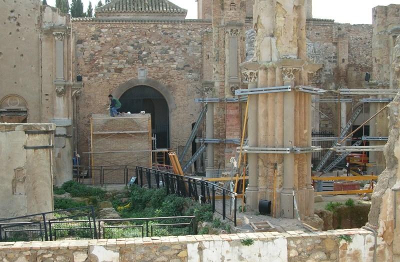 Construcción túnel arrasa Catedral Cartagena 02.2006