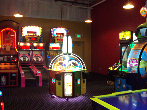 Coming Attractions Extreme Arcade At Midway Cinema