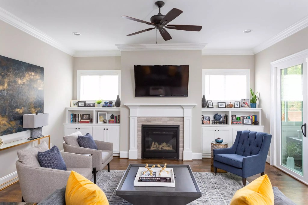 New traditional living room - Catherine French design - Chapel Hill