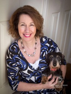 Get in touch with Catherine Lepreux, interior designer & curtain maker in Edinburgh & Fife