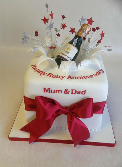 Wedding Anniversary Cakes   Reading Berkshire   South Oxfordshire  UK Silver Champagne      Pearl Champagne      Ruby Champagne      Ruby Cube Cakes
