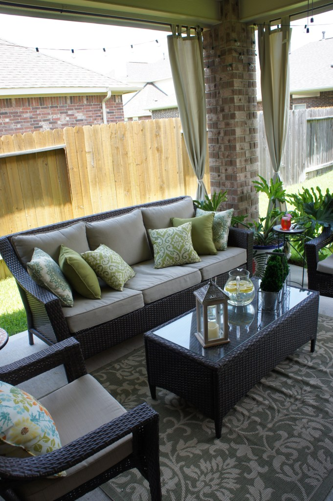 Outdoor Living and Patio Area - Houston, TX