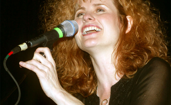 Cathie-Ryan-concert-booking