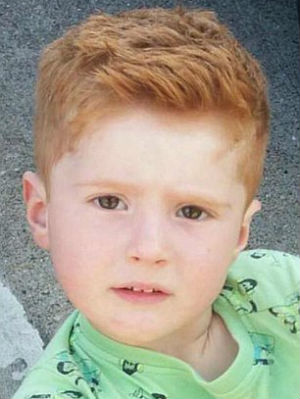Mothers Heart Breaks When 3 Year Old Ginger Son Asks Why