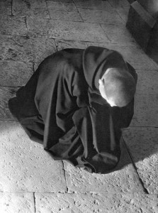 MonasteryGarments_Prostration