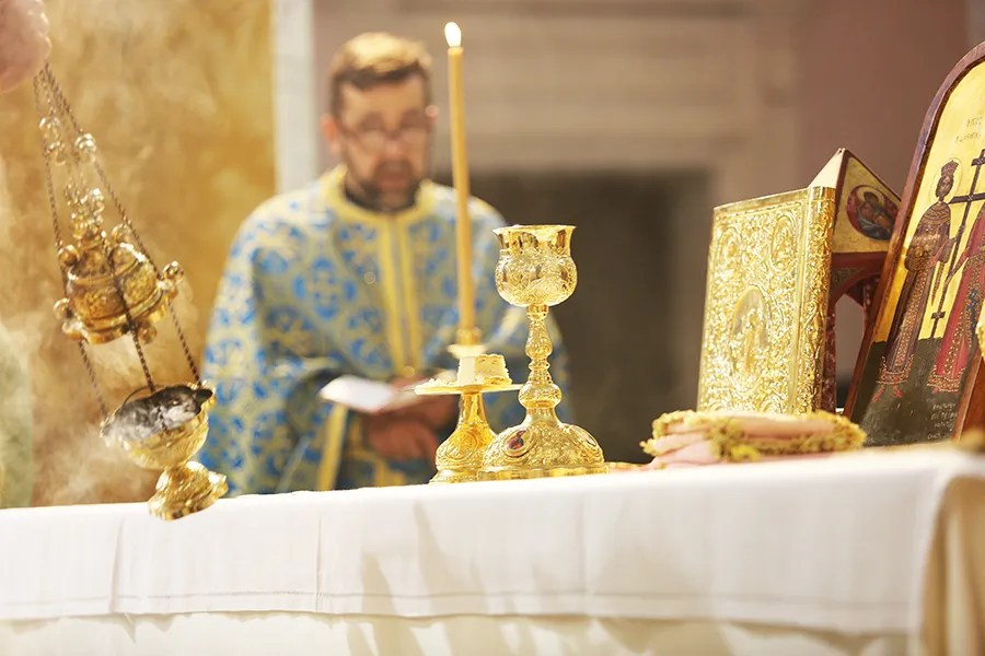 Mass and Divine Liturgy at the Shrine of the Holy Face in Manoppello, Italy on Sept. 18, 2016. Credit: Daniel Ibanez/CNA.