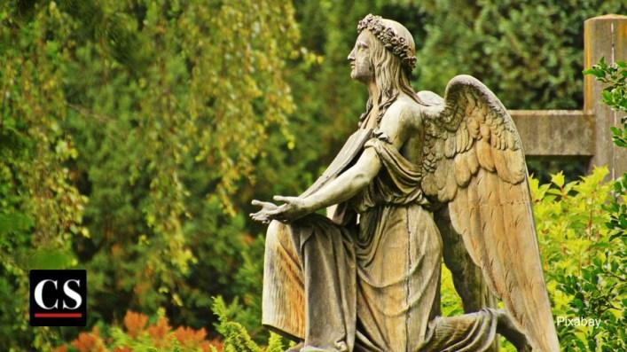 Pixabay - praying angel