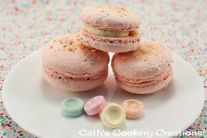 Fruit Tingle Macarons from Cath's Cookery Creations | www.cathscookerycreations.com