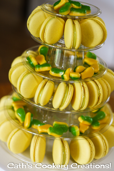 Pineapple Lolly Macarons