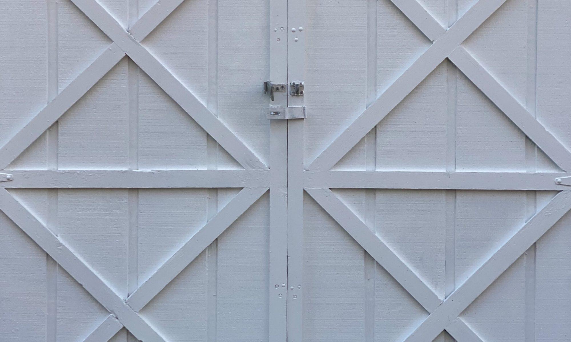 Closed Barn Doors on 2020