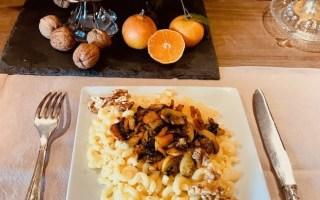plat de coquillettes clémentines et noix
