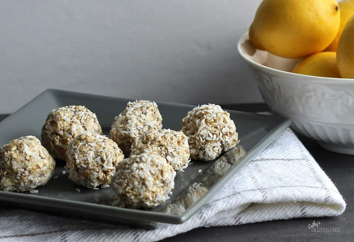 Lemon Coconut Chia Balls [Nut Free, No Bake]