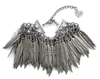 feather-bracelet