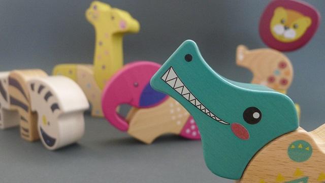 Waspadai Zat Berbahaya Pada Finishing Mainan Kayu