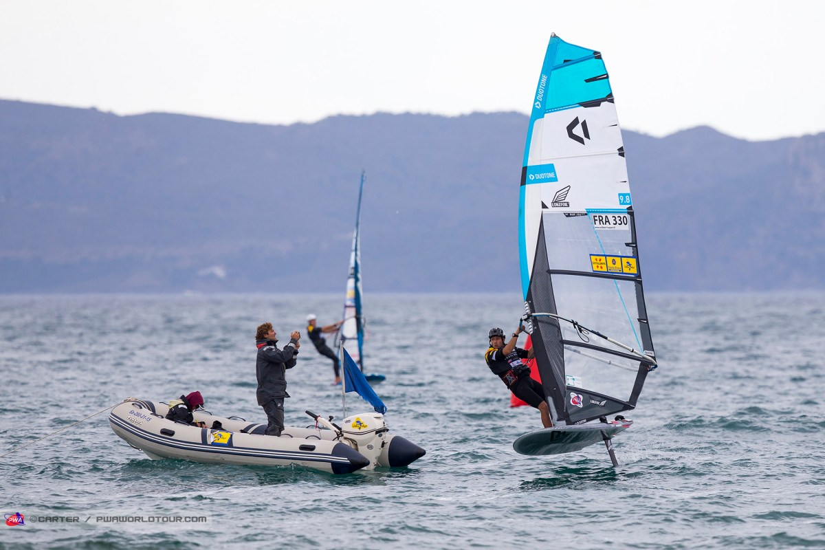PWA Windsurf Foil @Costa Brava 2019: Day 1 – Catamaran
