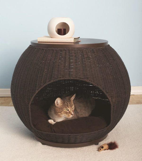 Igloo cat bed