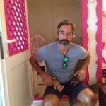 Paco de Benito de #Supervivientes amigo de Cat Suite Home