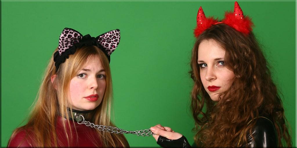 Kätzchen und Teufelchen