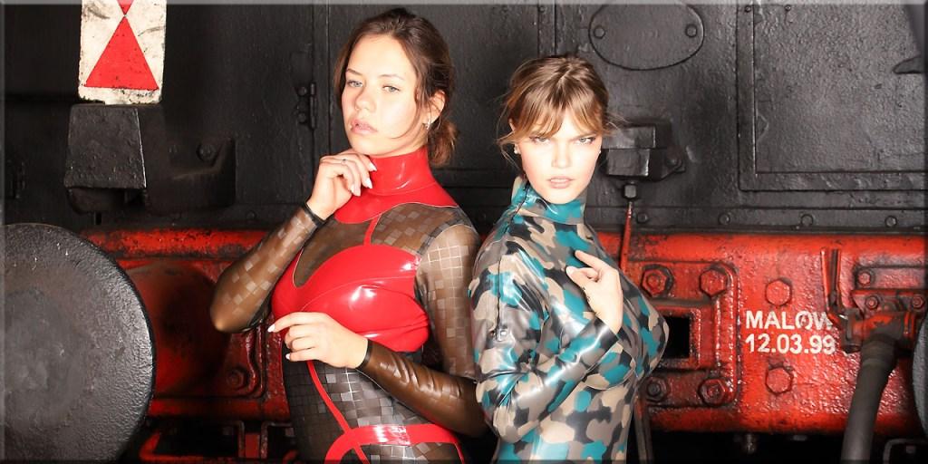 Polina und Melody bei der Eisenbahn
