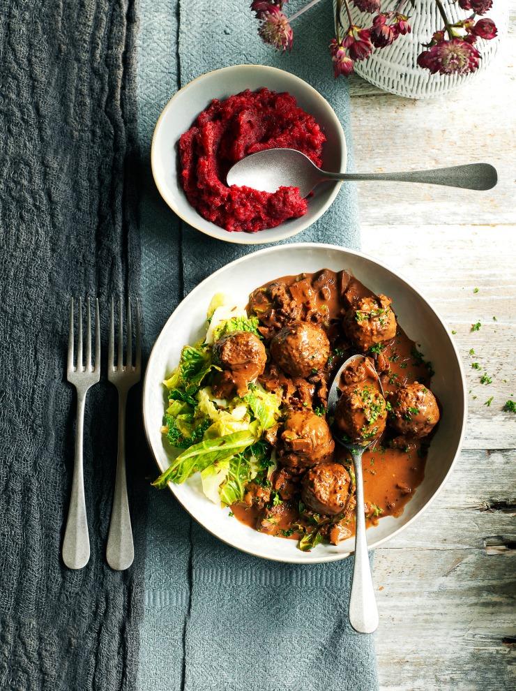 Venison meatballs with wild mushroom and chocolate sauce