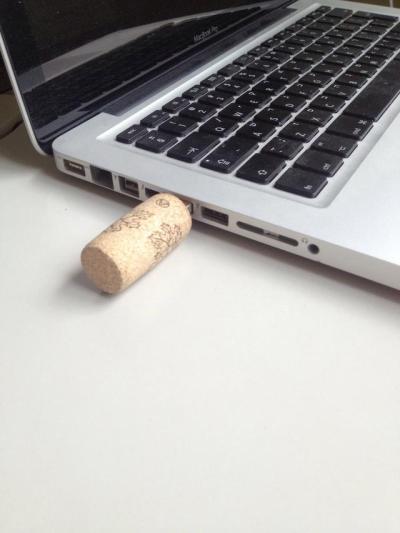Cork crafts - USB flashdrive