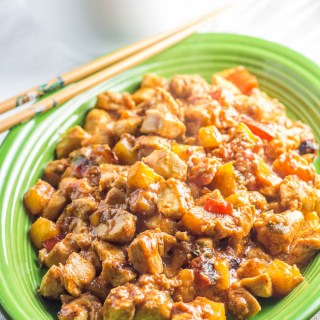 Skinny Sweet & Sour Chicken | Catz in the Kitchen | catzinthekitchen.com | #sweetandsour #healthy #skinny #recipe