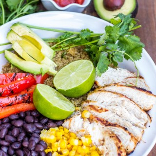 Can't make it to your favorite Mexican grill, but still craving some fresh, flavorful southwestern style eats? Make this Baja Chicken Burrito Bowl at home!