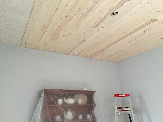DIY farmhouse wood ceiling
