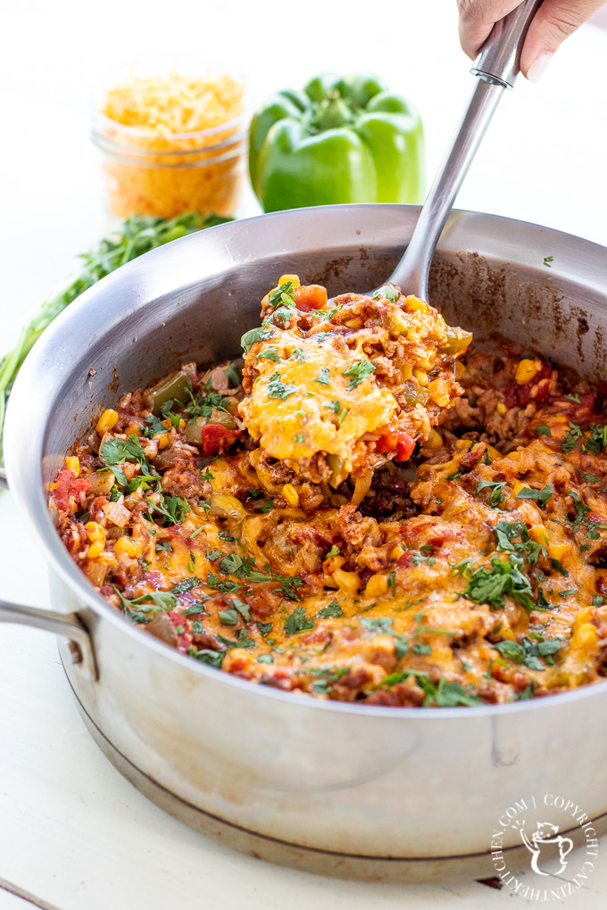 Busy family? This One Pan Spanish Rice Bake is for you. Other than the produce, it's a pantry meal, and it also comes together in a single pot!